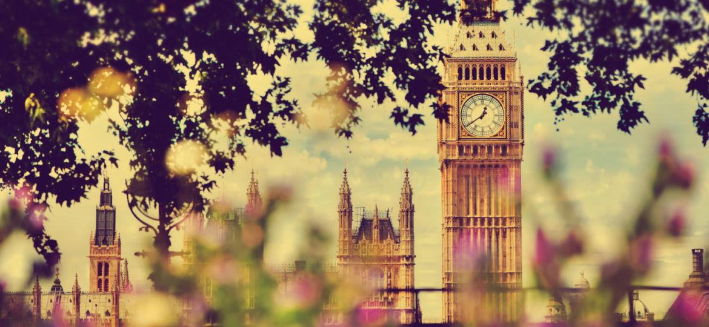 zegar Big Ban w Londynie Wielkiej Brytanii